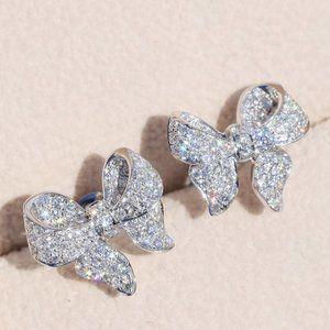 NEW 18K White Gold Diamond Bow Knot Earrings